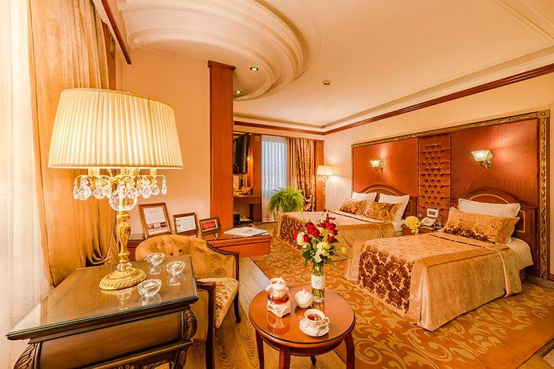 اتاق دبل پانوراما هتل قصر طلایی