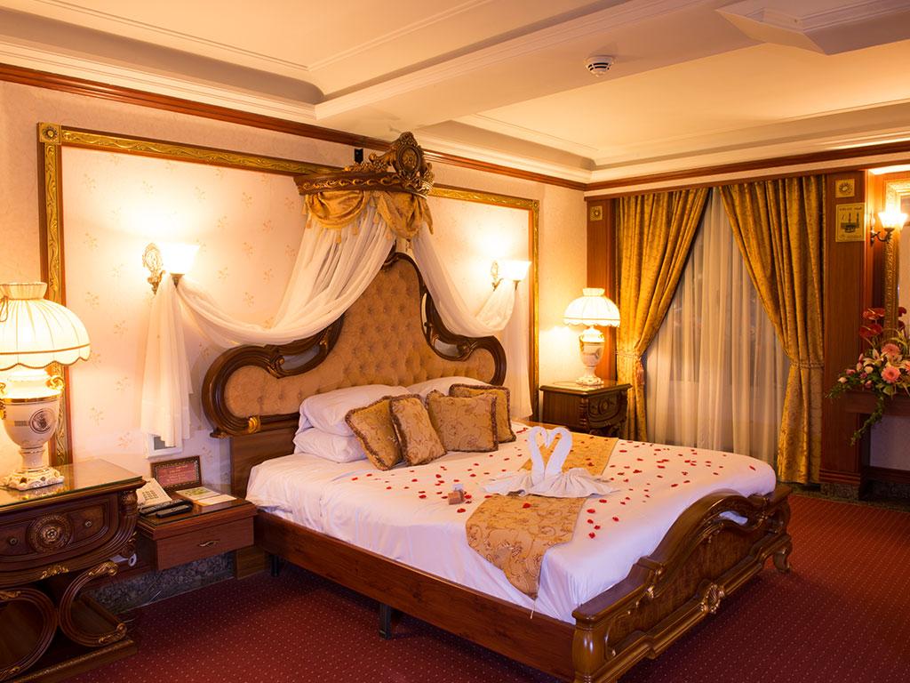 اتاق پرنسس هتل قصر طلایی
