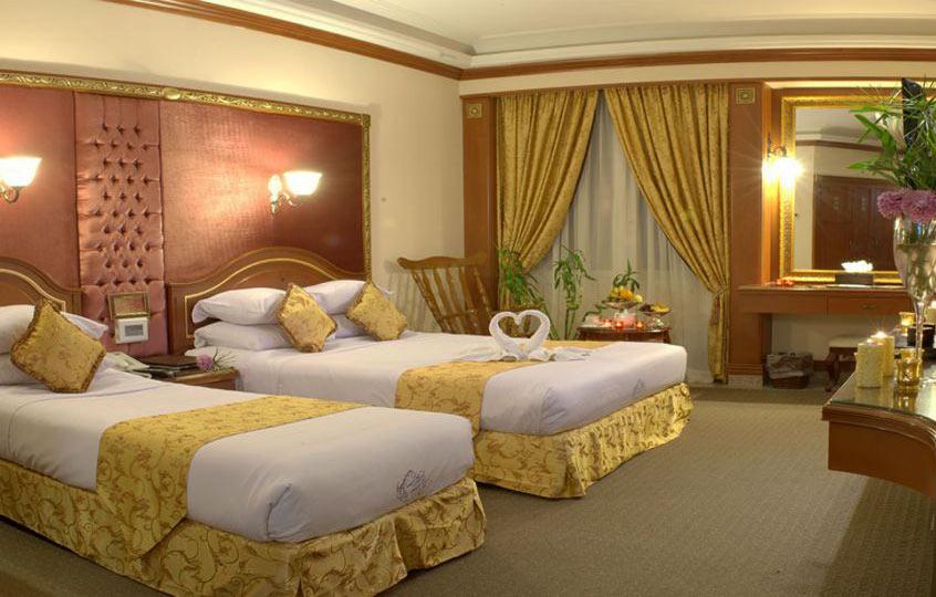 اتاق کانکت هتل قصر طلایی