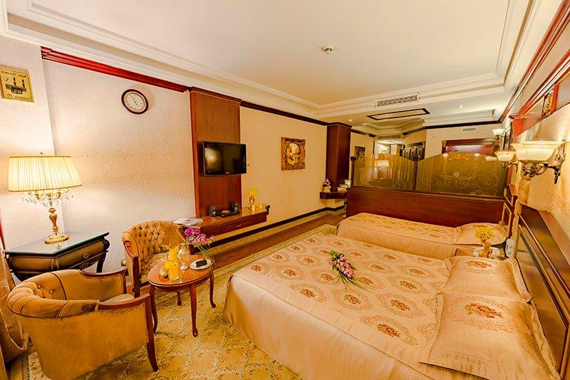 سوییت جونیور هتل قصر طلایی