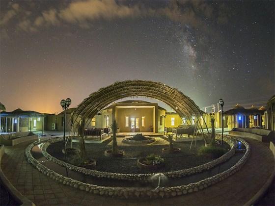 هتل پارسیان (کپری) قلعه گنج کرمان