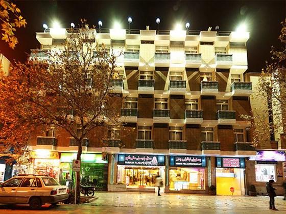 هتل پارسیان عال قاپو اصفهان